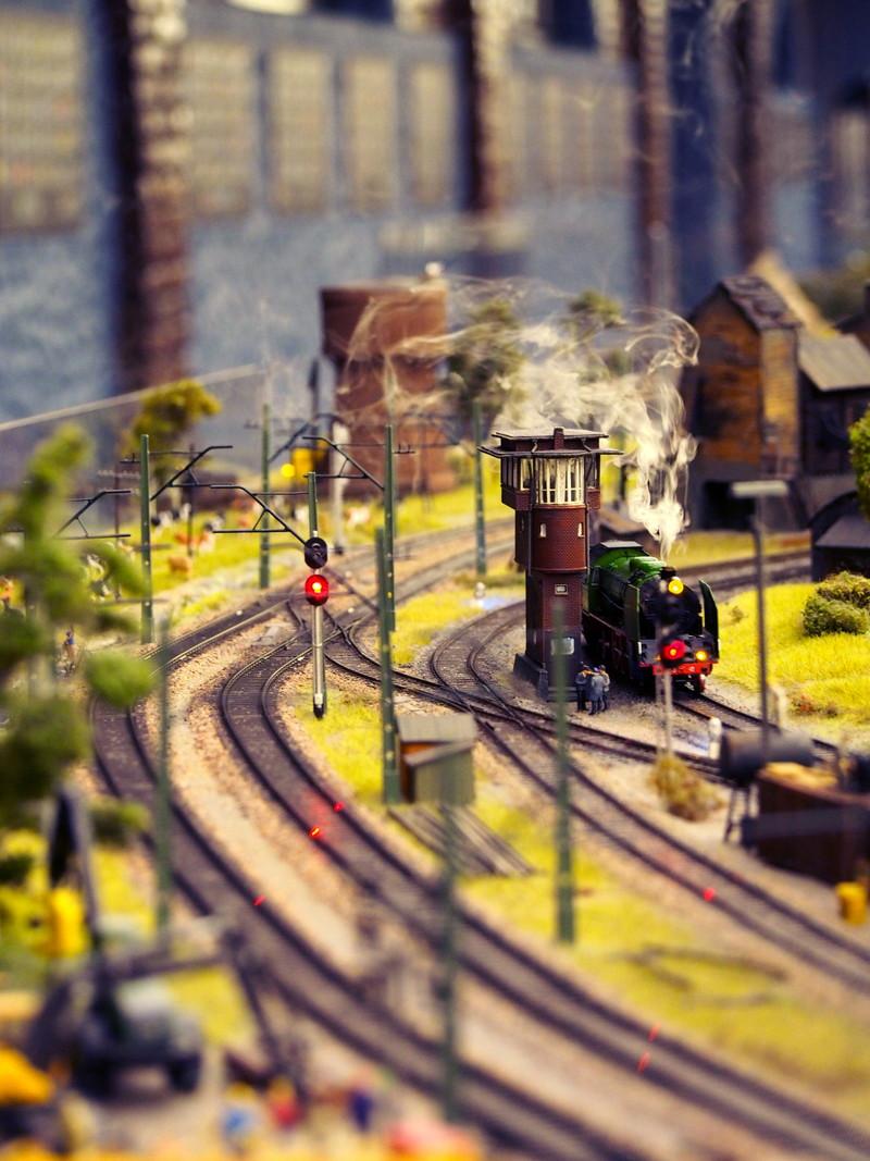 汽車 鉄道模型